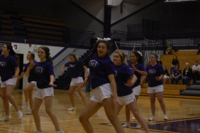 Freshman Sara Kesterson shows emotion while doing a dance to ¨Uptown Funk.¨