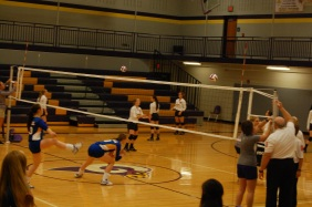 Paoli Volleyball takes on Mitchell Jackets at a home game.